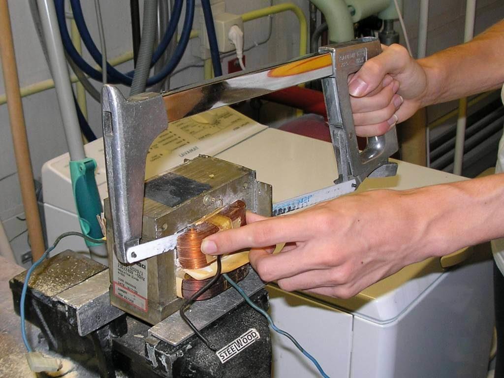 точечная сварка из микроволновки