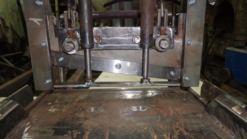 Как сделать гильотину для резки металла своими руками
